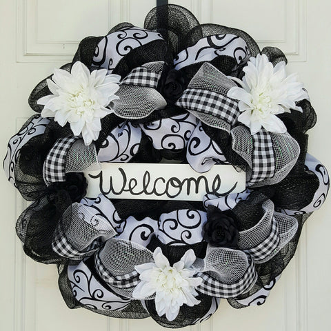 Black & White Welcome
