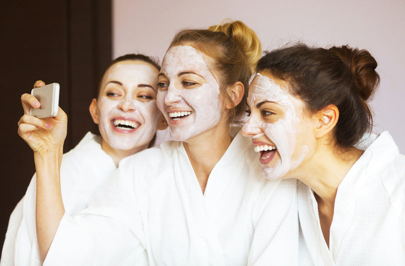 Fun And Healthy Ways To Spend A Girls' Night In