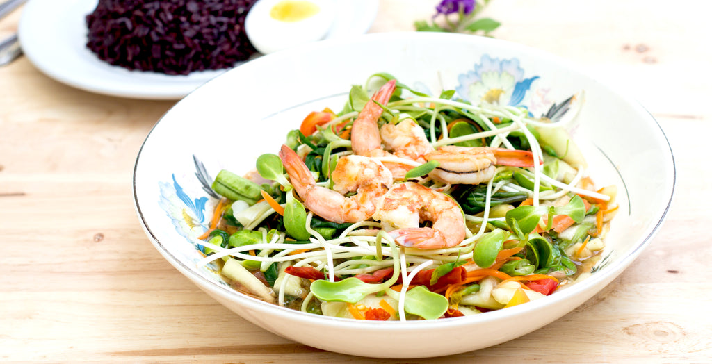 thai prawn noodle salad