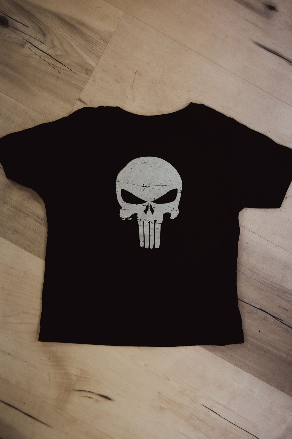 grey PUNISHER tee
