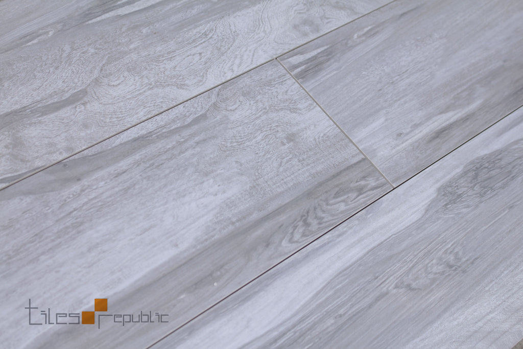 Hickory Wood Grey Timber Look Matt 200x900