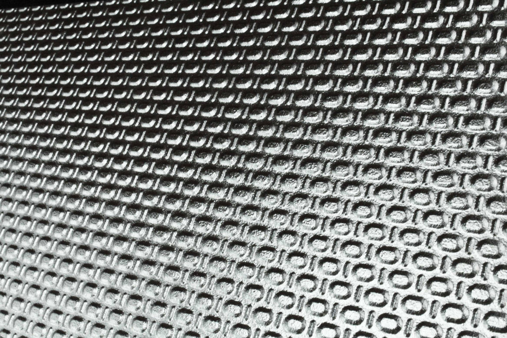 Metallic Dot Silver 150x600