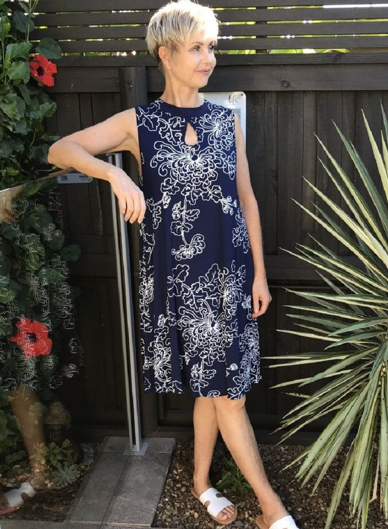 Bamboo Keyhole Dress / NAVY & WHITE NEW FLORAL