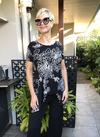 Bamboo Hand Screen-Printed Swing Tee SS / BLACK & WHITE NEW FLORAL