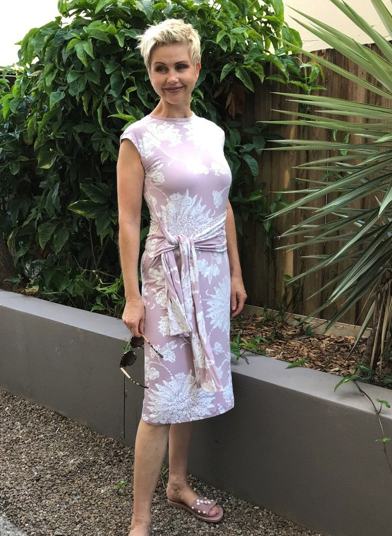 Bamboo Dress with Front Tie / MUSK & WHITE MOON FLOWER