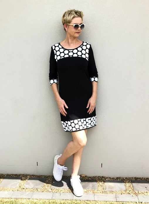 Bamboo Mary Q - Black & White Spot Dress