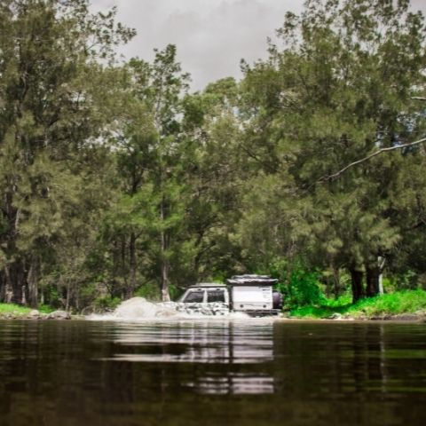 TRED Trips 4x4 crossing Condamine River