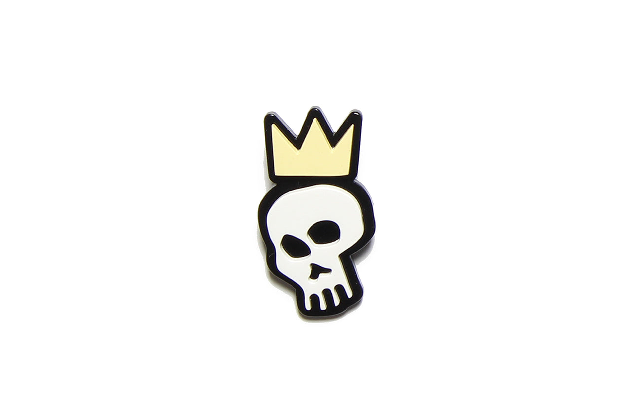 Brooch Skull Crown Yellow Resin