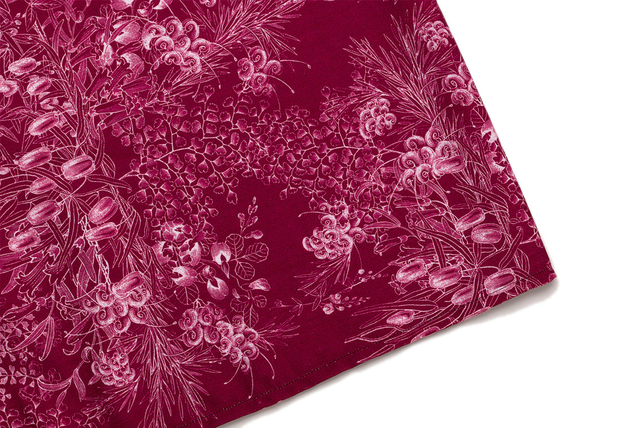 Table Runner Red Botanical