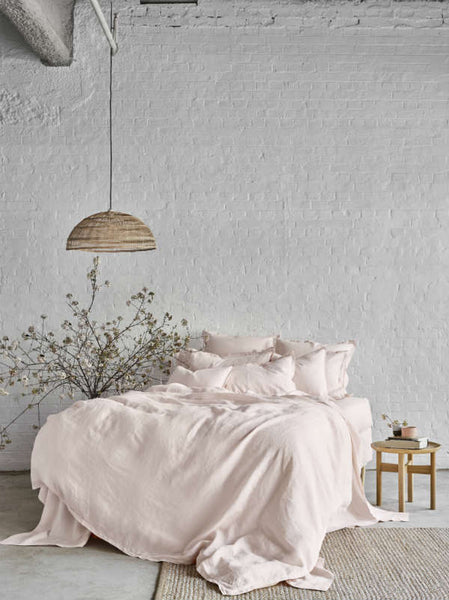 Pure linen bed linen in Peony pink