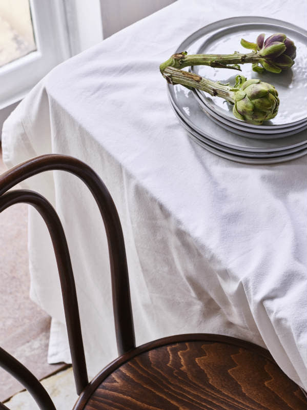 Sheets on the Line Table Linen Border Table Cloth In Milk