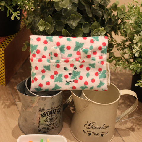 C12145-10  Tea Party Rab Tissue Pouch