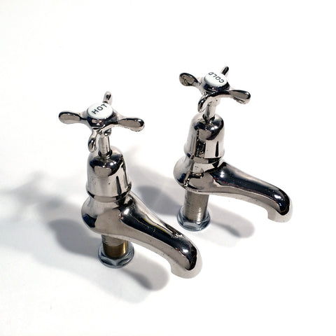 Late Victorian skirted bath taps
