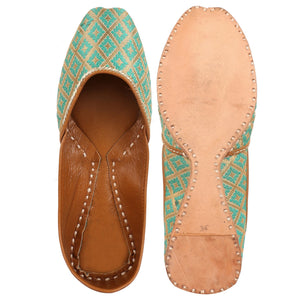 Punjabi Juttis for women