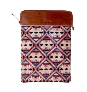 3 in 1 Laptop Case / Clutch - Temple