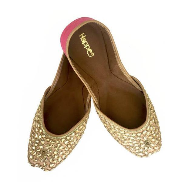 Juttis Gulabi Phool Embroidered
