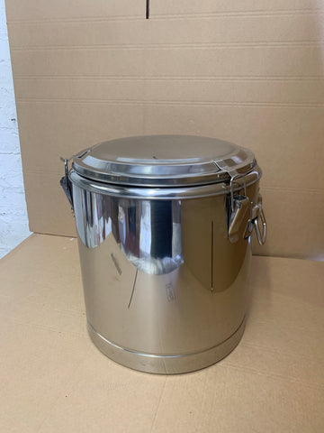 70L Stainless steel thermos pot with lid.