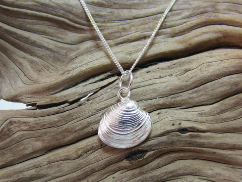 sterling silver clam shell pendant seaside nature 925 canterbury