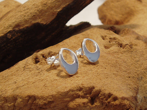 sterling silver cutout oval stud earrings