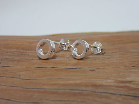 sterling silver circle studs 925 Canterbury
