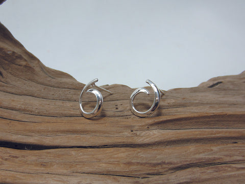 simple sterling silver curl studs 925 Silver Canterbury