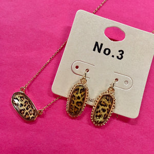 Mini Leopard Pendant Earrings