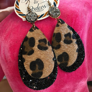 Druzy Pendant Leopard Glitter Teardrop Earrings