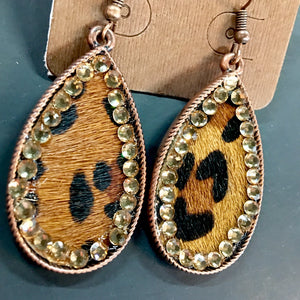 Gold Diamond Lined Leopard Teardrop Earrings