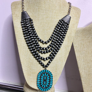 Navajo Beaded Oval Squash Necklace