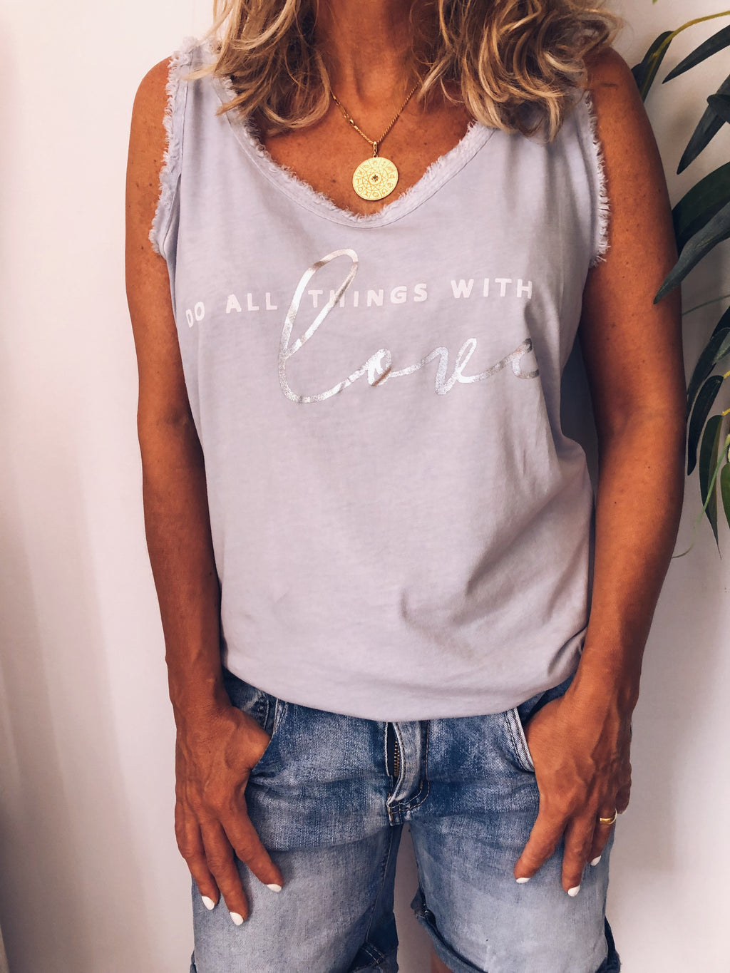 TOP DO ALL THINGS WITH LOVE GRIS