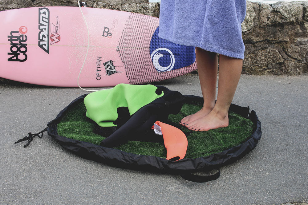 Lucie-Rose Donelan uses the Northcore Grass Changing Mat
