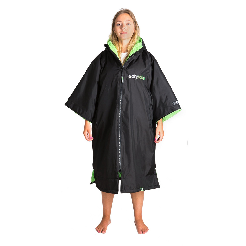 Dryrobe Dryrobe Advance Short Sleeve Changing Robe | Black & Green - TVSC