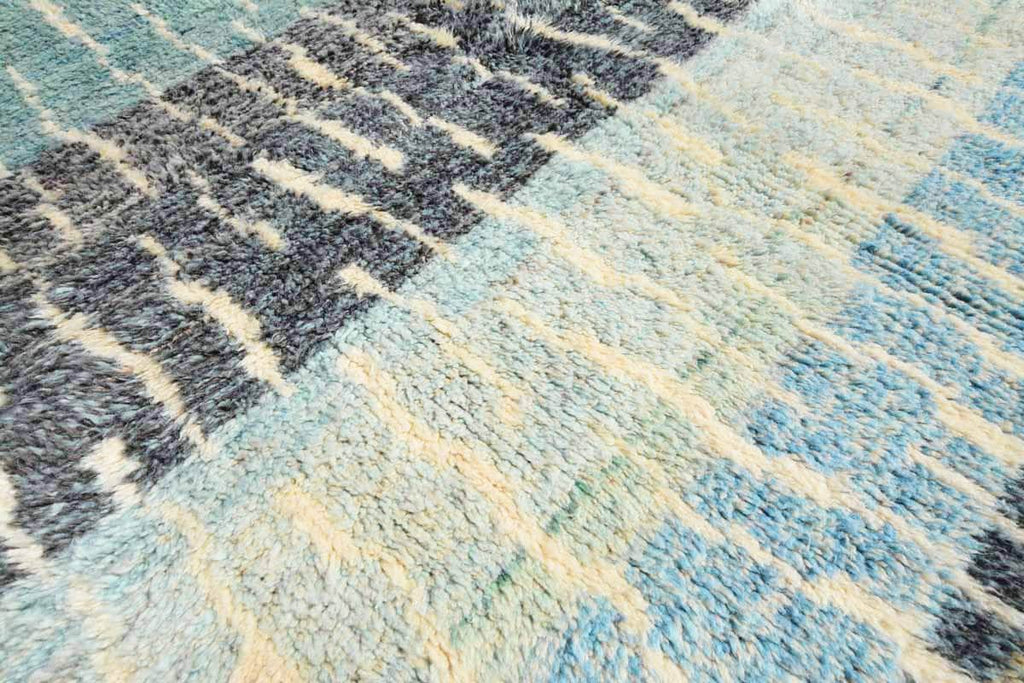 Illuminate Collective  handmade Moroccan Rug Vancouver - 5'2 x 7'2 - 1.57m x 2.18m