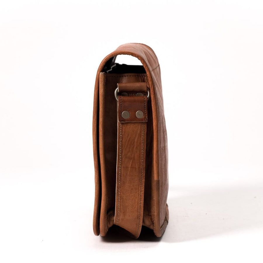 Camel Leather Bag: 8x12 Full Flap Far Horizon Traders