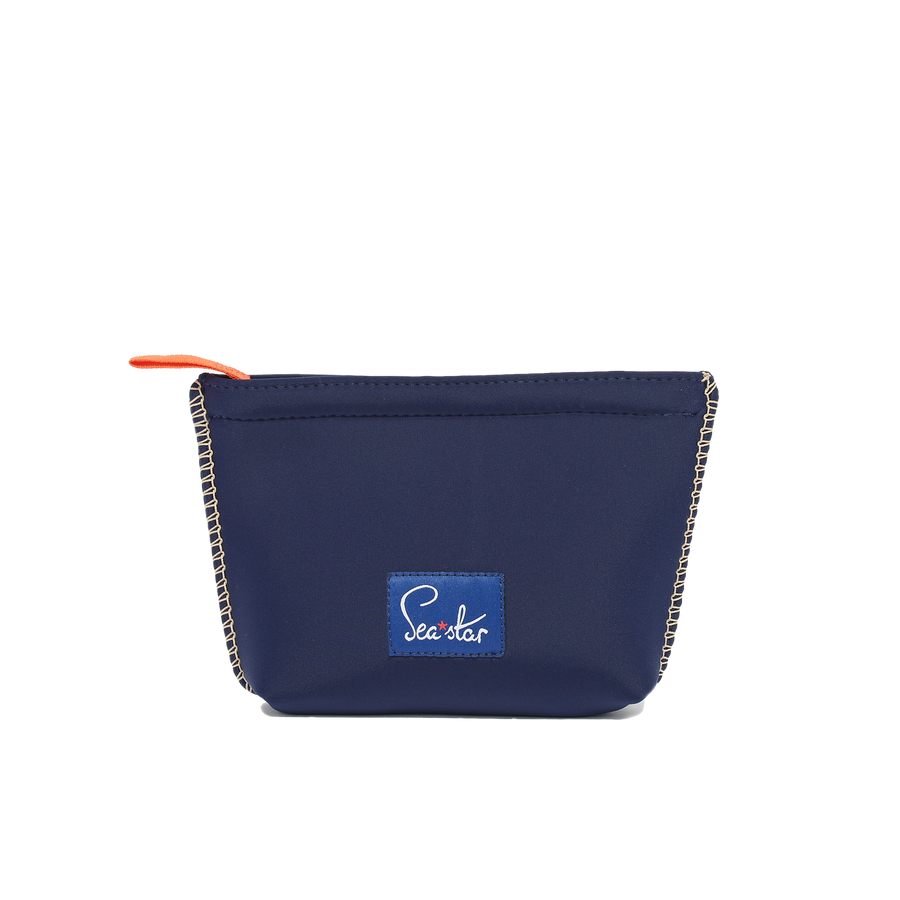 DARK NAVY <p> SMALL VOYAGER POUCH