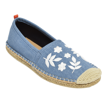LIGHT DENIM W/ WHITE EMBROIDERY <p> WOMENS BEACHCOMBER ESPADRILLE