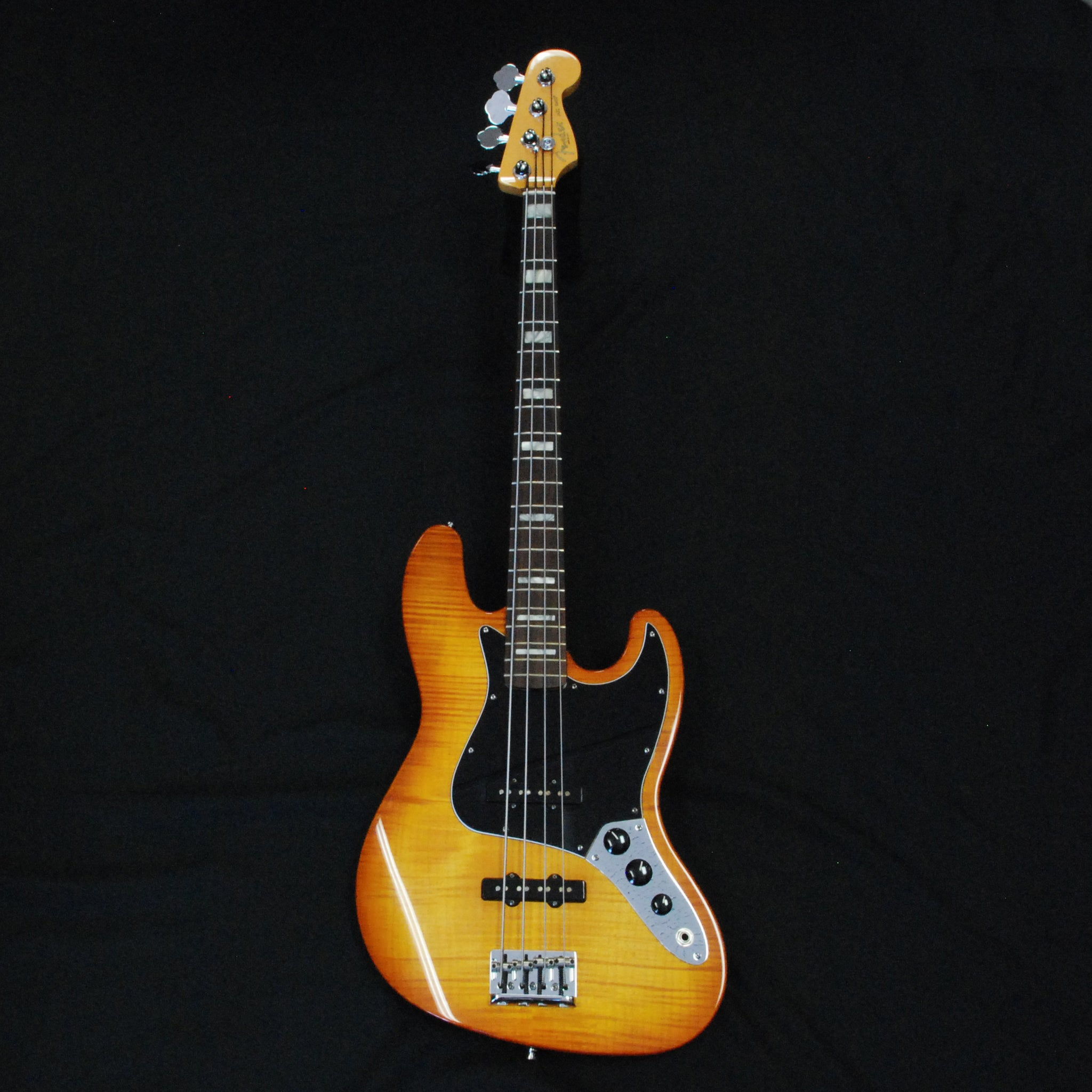 Shop online for Fender 2011 American Select Jazz Bass Gently Used today. Now available for purchase from Midlothian Music of Orland Park, Illinois, USA