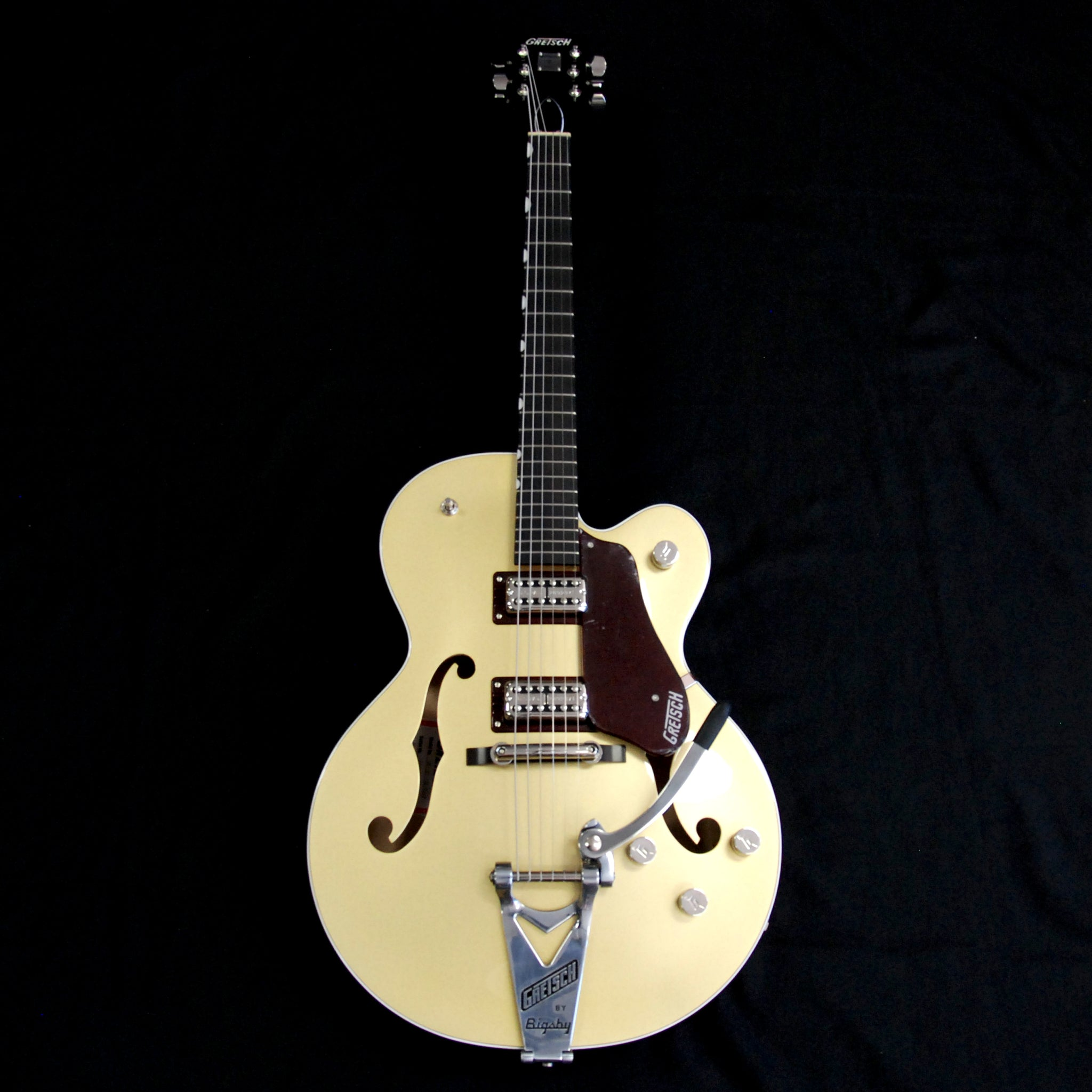 Shop online for Gretsch G6118T-135 135th Limited Anniversary Two Tone Casino Gold/Dark Cherry Metallic [2401103844] today.  Now available for purchase from Midlothian Music of Orland Park, Illinois, USA