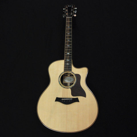 Taylor 816ce Grand Symphony Cutaway Solid Wood Acoustic/Electric Guitar Natural