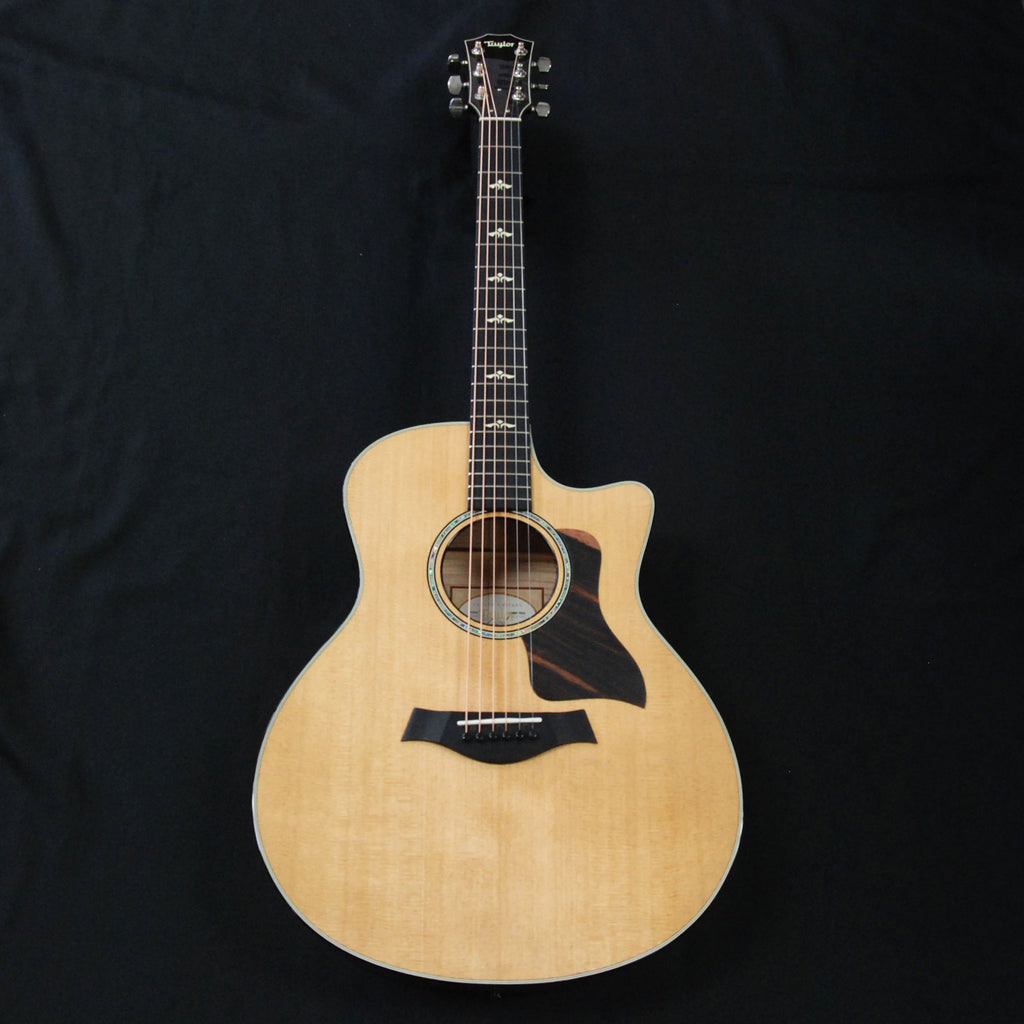 Taylor 616ce Grand Symphony Cutaway Acoustic/Electric Guitar Natural