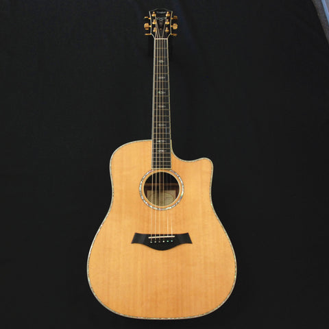 Shop online for Taylor W10CE Acoustic/Electric Guitar Walnut - Spruce Solid Wood Clearance today.  Now available for purchase from Midlothian Music of Orland Park, Illinois, USA