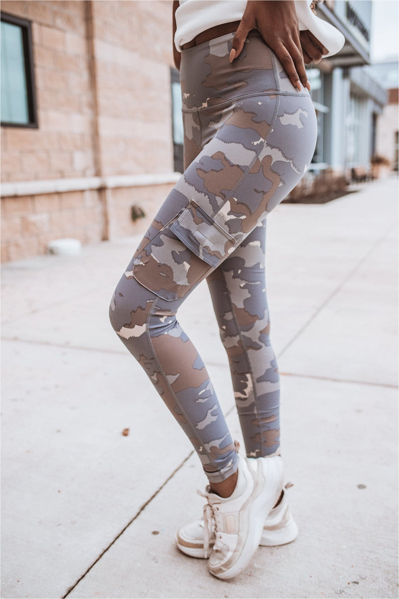 Blue Tundra Camo Cargo Highwaisted Leggings - BluePeppermint Boutique
