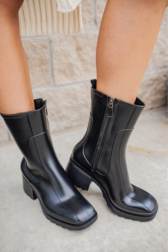 Casual Rain Boots by Let's See Style