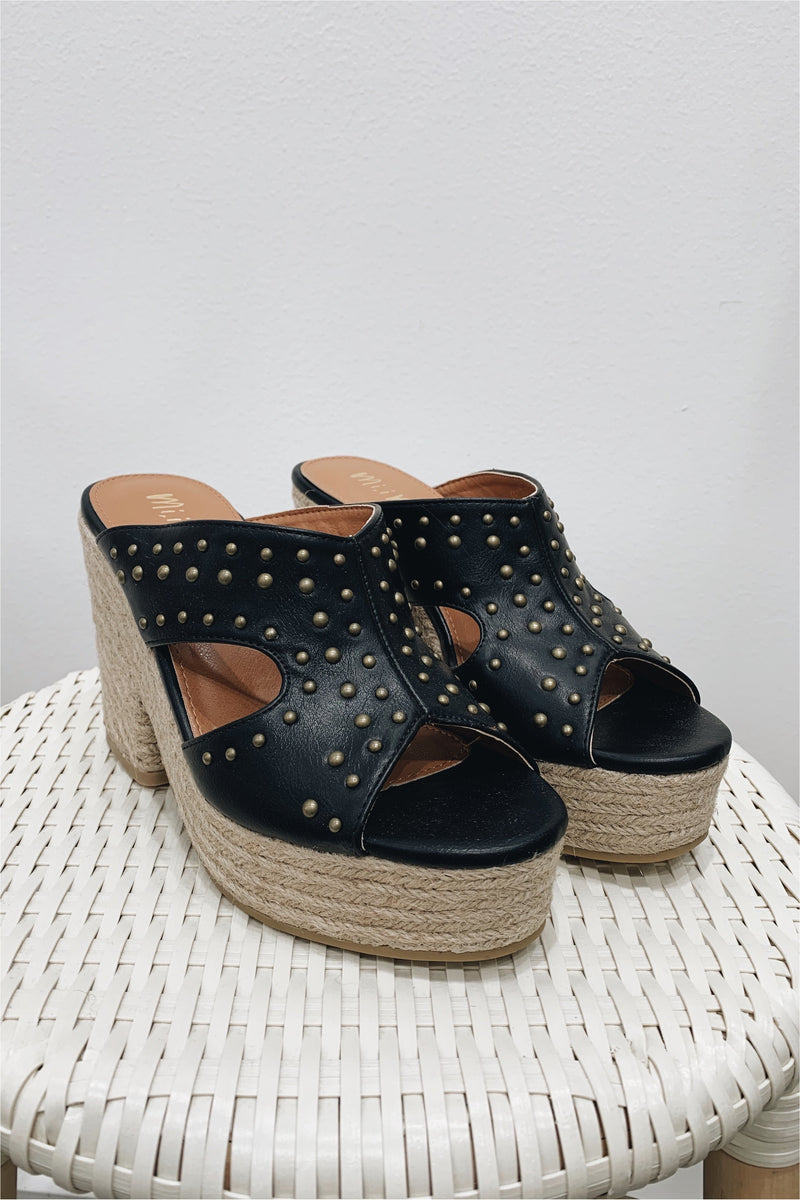 Black Embellished Platform Sandal - FINAL SALE - BluePeppermint Boutique