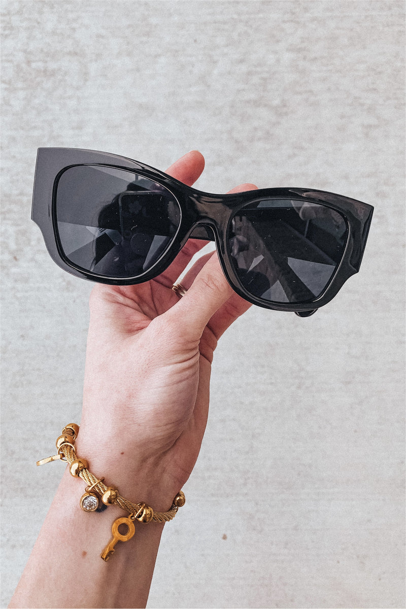 Gabby Quilted Sunglasses-Black - BluePeppermint Boutique