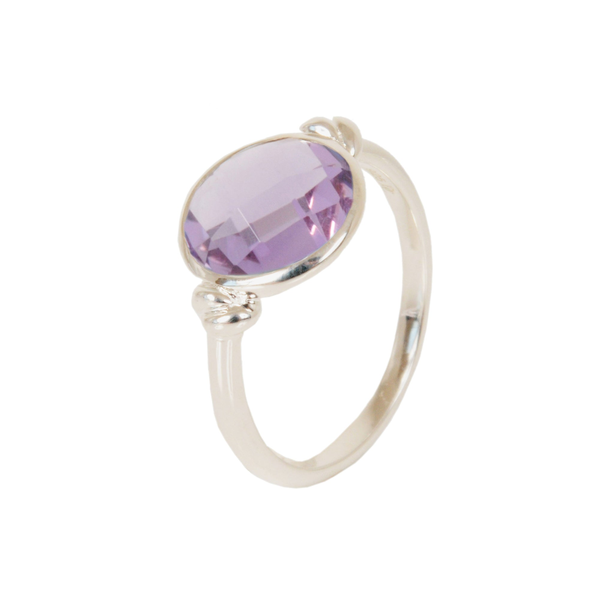 DAVINA COMBE - KNOT RING WITH AMETHYST