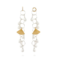 APPLES & FIGS - PEARL FOUNTAIN LONG EARRINGS