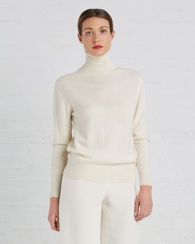 Ryan Roche Cashmere Turtleneck Sweater in Ivory