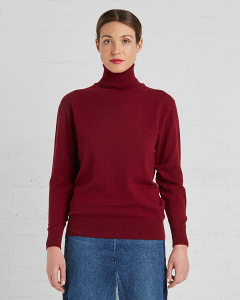 Ryan Roche Cashmere Turtleneck Sweater in Maroon Red