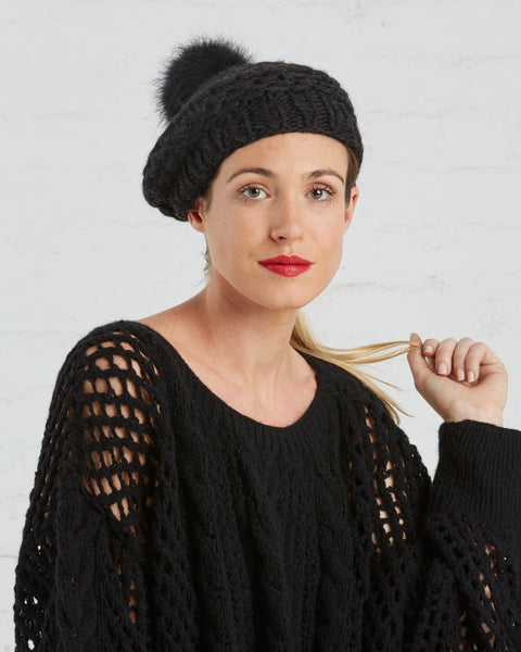 SAANS Wool Beret with Upcycled Fur Pom
